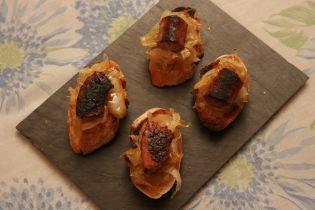 Montadito de Longaniza con Cebolla caramelizada